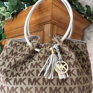 Authentic Michael Kors E/W Camel  Ring Tote